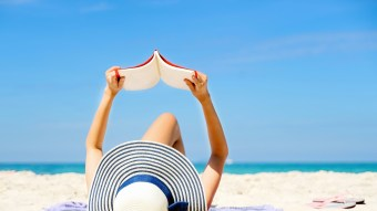 7 Hot Beach Reads You Won't Be Able To Put Down