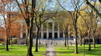 4 Questions To Ask Yourself When Picking Your College