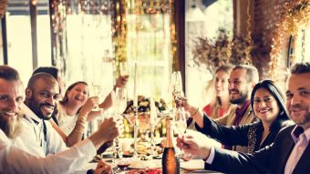 A Guide To Hosting The Perfect Holiday Party