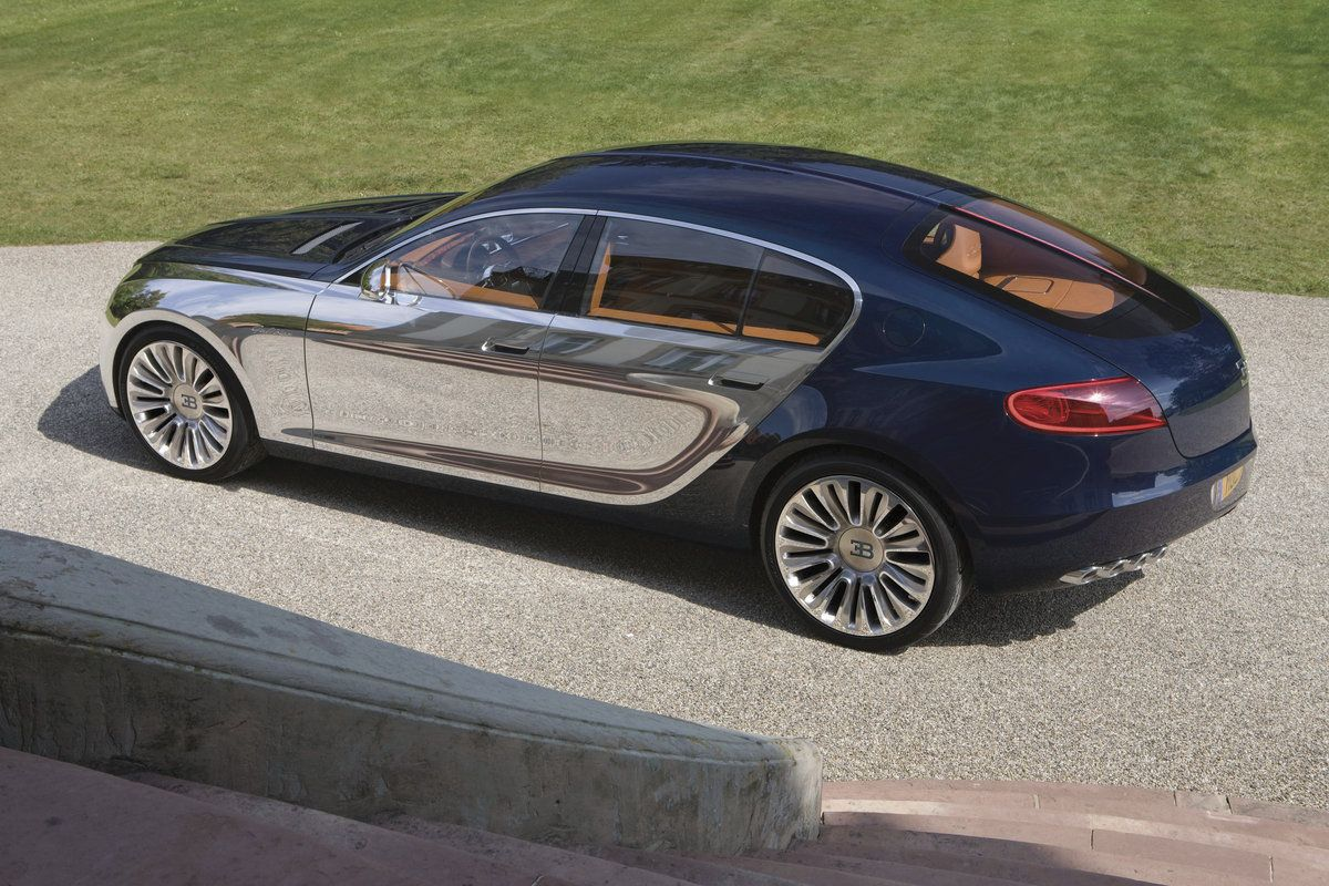 bugatti-16-c-galibier-concept-rear-view