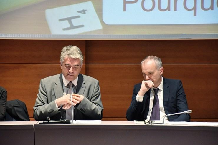Les professeurs Jean-Baptiste Racine et Marc Henry lors de la conférence annuelle de l'AFA