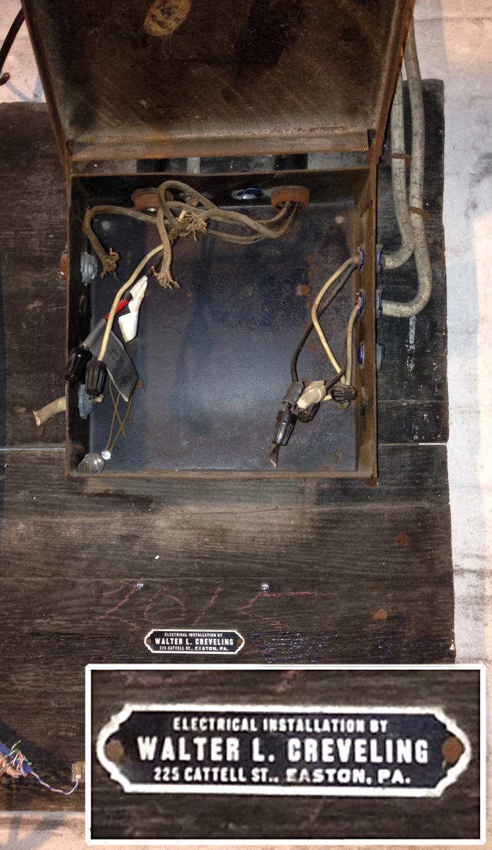 hight resolution of old fuse box