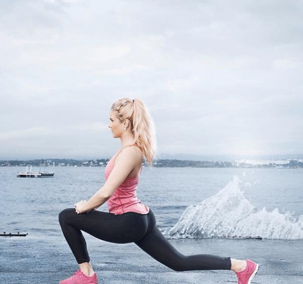 yoga-pants-weekend-20