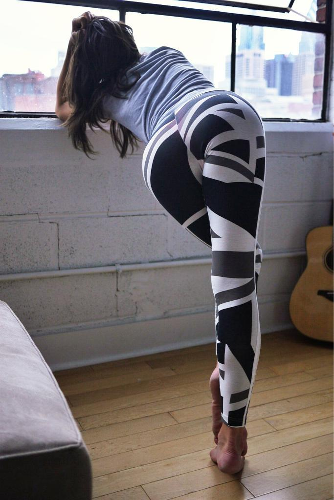 yoga-pants-weekend-21