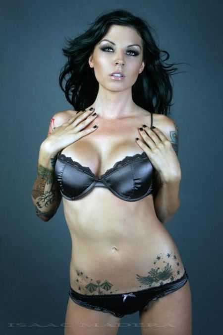 sexy-tattoo-girls-13