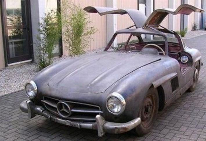 abandoned-supercars-Classic-Mercedes-SL-20