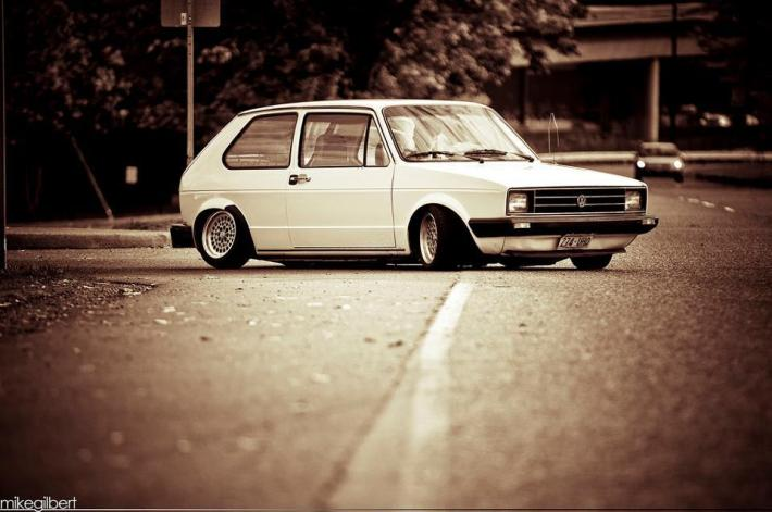 car-porn-vw-golf-mk1-41