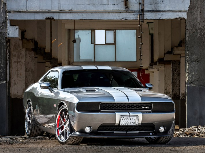dodge-challenger-pictures-14