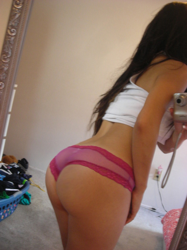 sexy-college-selfies-2