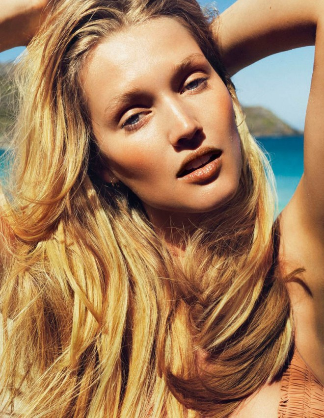 toni-garrn-sexy-pictures-18