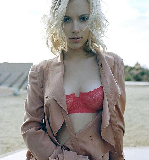 scarlett-johansson-sexy-photos-10