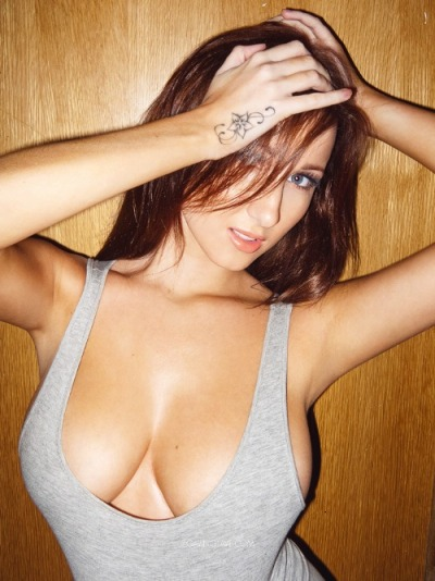 hump-day-sexy-babes-14