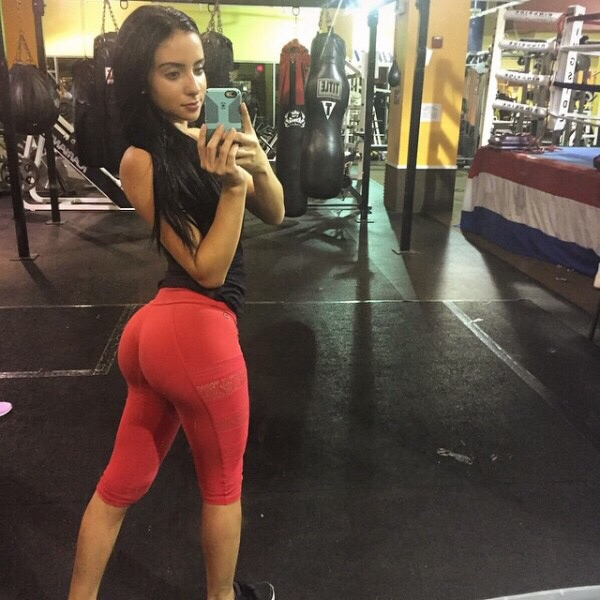 See The Hottest Thing Ever Invented Yoga Pants 20