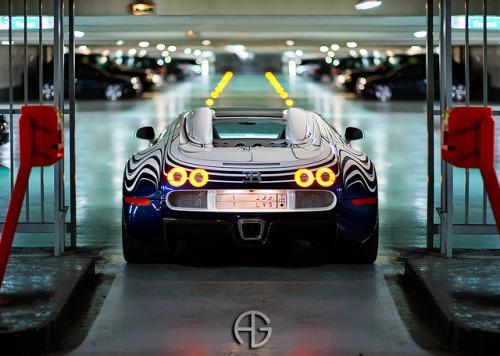 car-porn-bugatti-veyron-4
