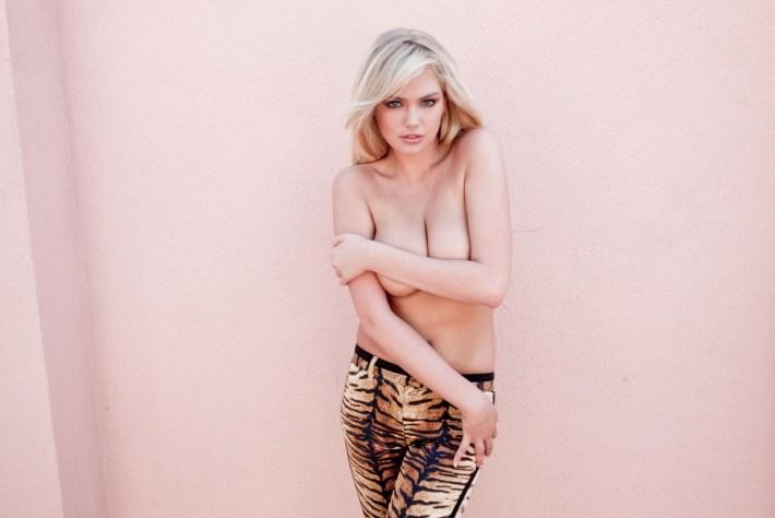 kate-upton-topless