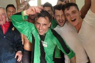 I festeggiamenti della Prima Squadra dopo la vittoria del campionato di Terza Categoria