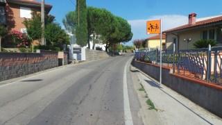 Via del valico a Pisa a Collesalvetti