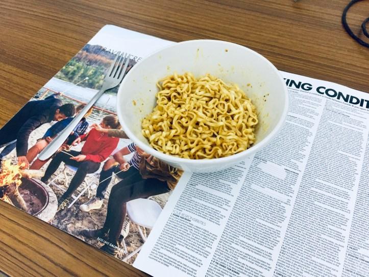 [新馬獨家]挑戰鹹蛋味營多撈麵 – 花火 COLLIDE