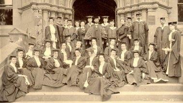 commencement-group-teachers-college-1898-web