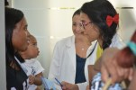Mujeres embarazadas, pacientes hipertensos, geriátricos, con colesterol alto, niños y muchos otros recibieron atenciones.