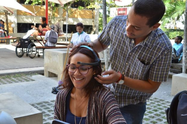 Mental Control Interface creado por los estudiantes de Ingeniería Mecatrónica Stevens Peña e Ivanoy Castillo.
