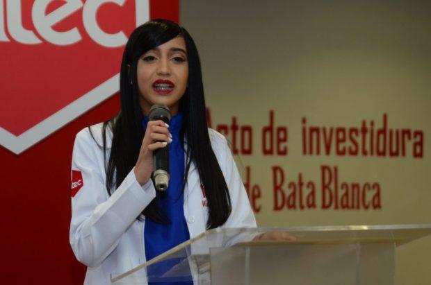 María Celeste Polanco Santana habló en nombre de los nuevos preinternos.