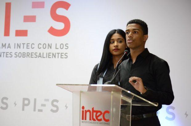 Jhazeel Matías y Shirley Santana PIES 2017