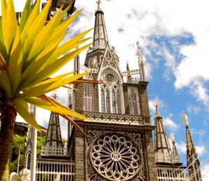 las-lajas-cathedral-3