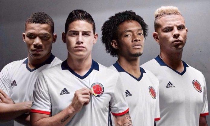 Nieuw voetbalshirt Colombiaans elftal is bekend gemaakt