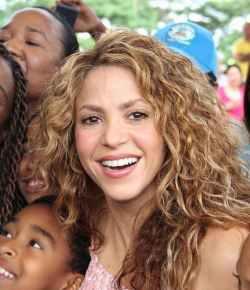 Shakira beschuldigd van belastingfraude in Spanje