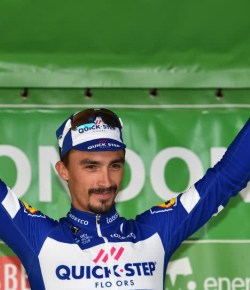 Julian Alaphilippe wint vijfde etappe Tour Colombia 2.1