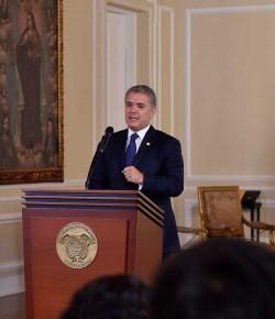 Duque: 'Militaire interventie in Venezuela helpt het land niet'