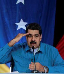 Maduro gaat militaire oefeningen uitvoeren aan Colombiaanse grens