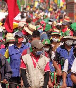 10.000 inheemse Colombianen aangekomen in Bogotá om te protesteren