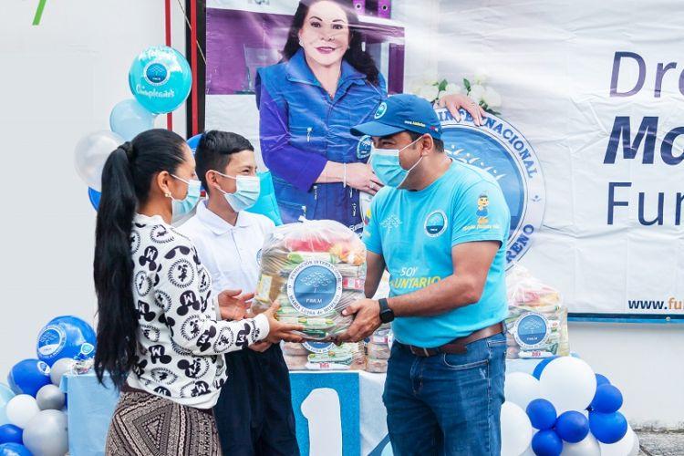 Estudiantes de la sede educativa Sirguía Bajo de Belén de Umbría, Risaralda, reciben mercados para ellos y sus familias, Julio 2021