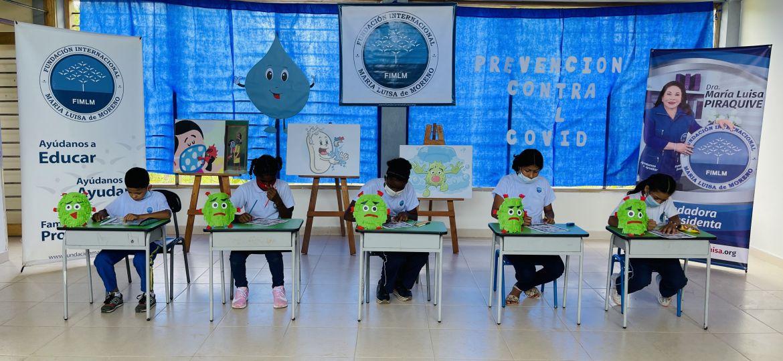 También hubo lugar para la creación de una historieta basada en lo aprendido en el encuentro, un espacio colorido y lleno de creatividad donde los estudiantes expusieron su imaginación gracias a las habilidades y destrezas que han fortalecido en el programa Mi Nueva Familia.