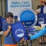 Entrega de kits escolares en la ciudad de Montreal(16)