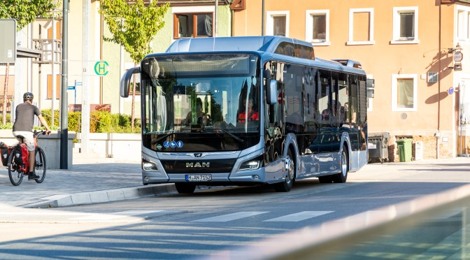 PARIS ORDENARÁ 100 BUSES A GAS NATURAL FABRICADOS POR MAN