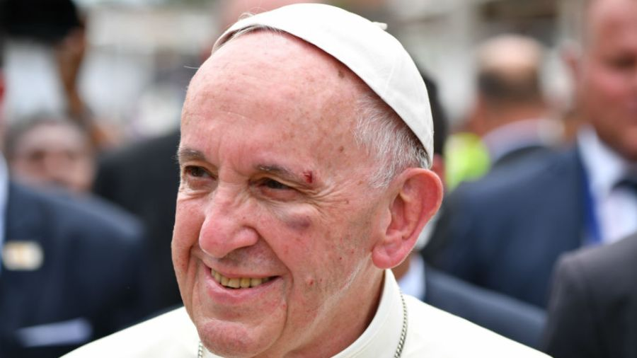 golpe papa francisco colombia