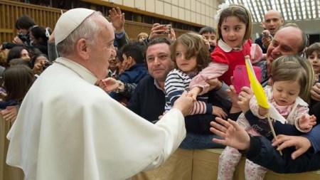 papa francisco niños