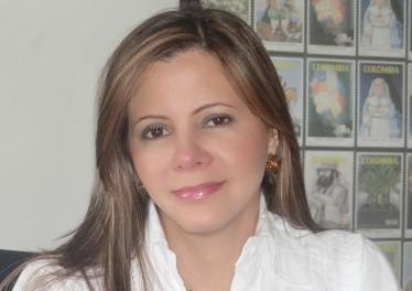 Adriana Barragán, presidenta de 4-72