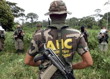 paramilitares colombia