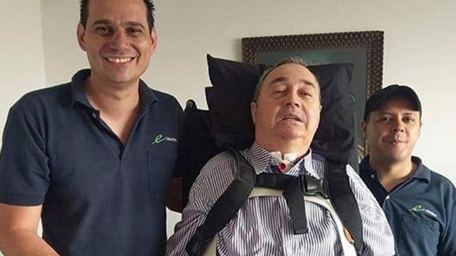 profesor montoya silla de ruedas se paro