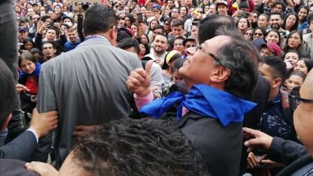 gustavo petro plaza de bolivar marcha estudiantes