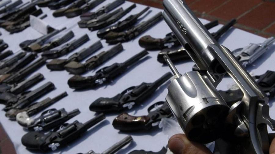 armas prohibicion congreso duque