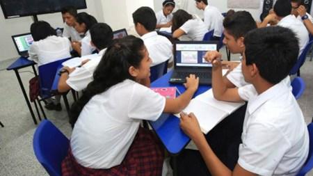 estudiantes colegio icfes