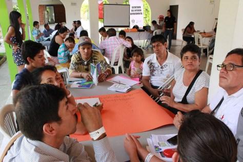 Sobrevivientes de MAP/MUSE/AEI durante el taller de capacitación sobre la Ruta de Atención a Víctimas del Conflicto en Ibagué. Foto CCCM