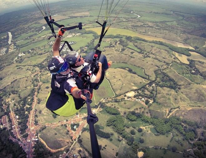Parapente-ColombiaTours.Travel