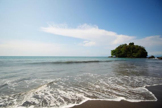 Playas - Nuqui Choco - Pacifico Colombiano - Planes Turísticos - ColombiaTours