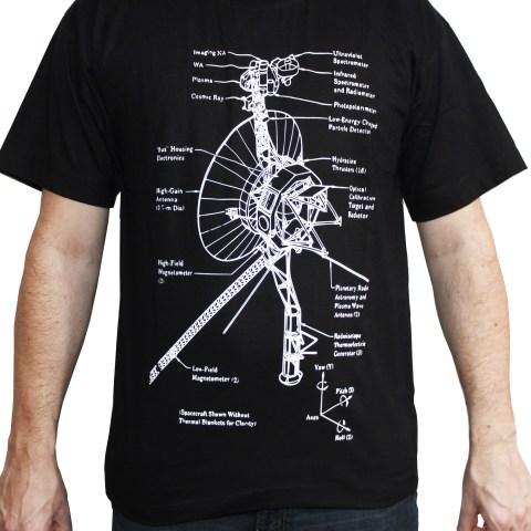 camiseta sonda voyager frente preta